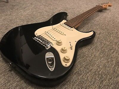 Fender Stratocaster Squier Affinity Series Electric Guitar Squire