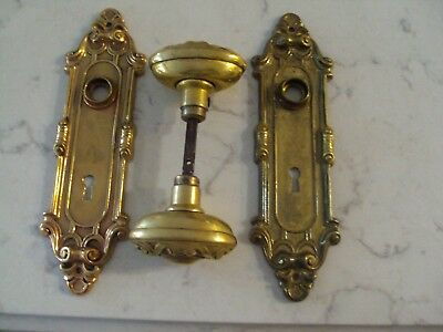 Antique  Vintage  Brass Yale Meridian Door Knobs And Backplates Y&t
