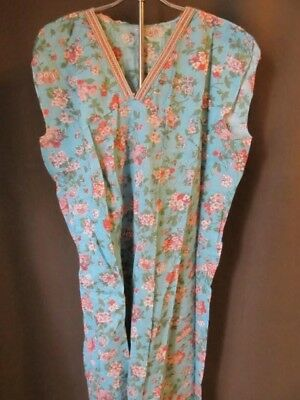 Vintage 40s 50s floral nightgown-Never Worn Plus size