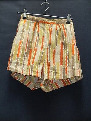 1950's Waisted Cotton Shorts in Abstract Print.