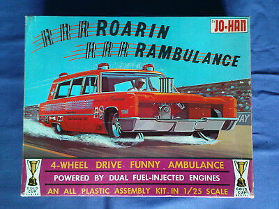 JO HAN Japan Bausatz ROAR AMBULANCE in 1:24 rar