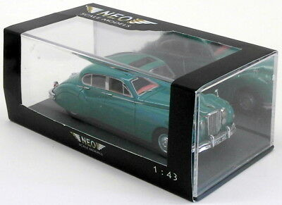 Neo 1/43 Scale Resin Model Car NEO43140 - Jaguar MK VII - Green