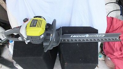 Ryobi RHT2660R 26cc Petrol Hedge Trimmer with HedgeSweep Attachment