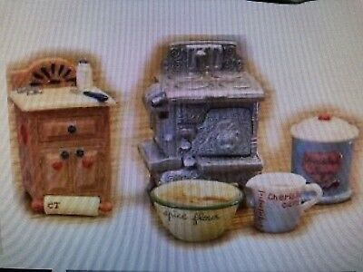 1998 Priscilla Hillman Enesco Cherished Teddies Kitchen Accessories 362417