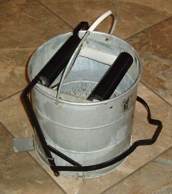 Vintage Retro Galvanised Mop Bucket With Foot Pedal Wringer