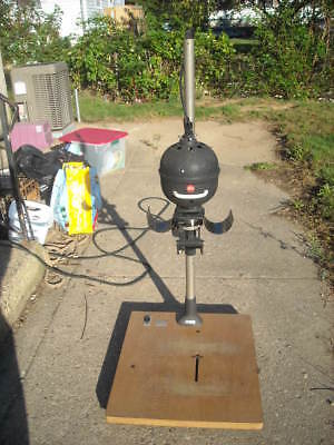Leitz Wetzlar  Focomat 1C Enlarger on large wooden easel