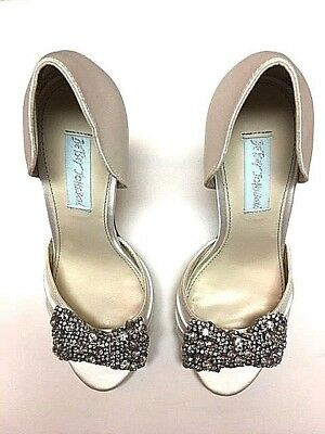 Betsey Johnson Blue, by: Betsey Johnson Gown Dress Sandals; Ivory; 7M US; Unworn