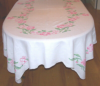 "Stunning Vintage Linen Rose Cross Stitch Embroidered Tablecloth 100"" Long, 1960"