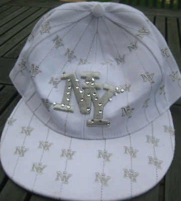 New York Baseball Cap Excellent Condition - White and Silver