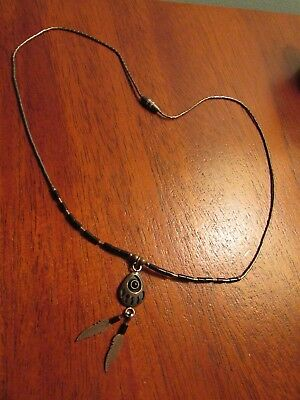 VINTAGE NAVAJO STERLING SILVER BEAR PAW & Feathers Beaded NECKLACE