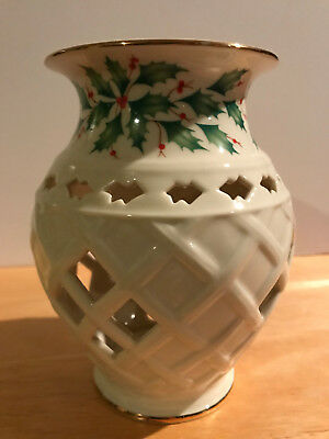 Lennox Holiday Fragrance Warmer Holly Leaf & Berry Tealight Candle Holder
