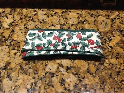 Longaberger 1998 Bolt of Traditional Holly  Wired Ribbon ~ 5 Yards