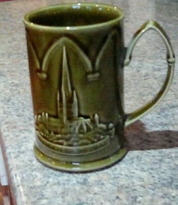 HOLKHAM POTTERY VINTAGE GREEN MUG FROM 1970's