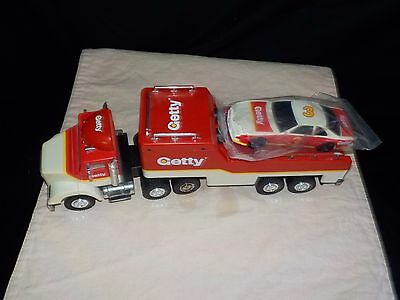 Vintage Getty 1995 LIMITED EDITION - Truck and Car