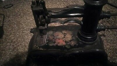 Rare Antique Cast Iron Sewing Machine  Kingfisher Small Table Top Size 1880s