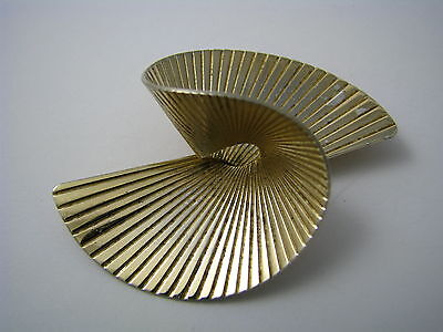 VINTAGE NAPIER STERLING SILVER BROOCH PIN 925 SILVER TWISTED FAN by Napier 1960s