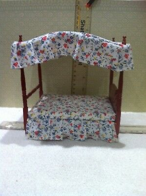 Dolls House 1:12th Scale Four Poster Bed & Canopy