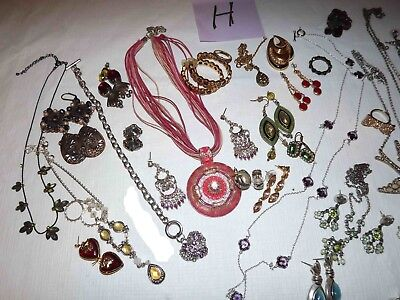 Huge Lot H Of Modern Rhinestone Jewelry Earrings, Necklaces & More*lqqk*