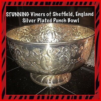*STUNNING Viners of Sheffield, England Silverplate Extra Large Punch Bowl