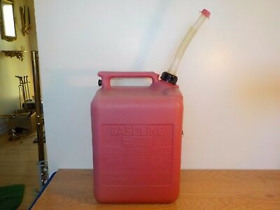 Vintage Midwest 5 Gallon 4 Ounce Vented Gas Can Gasoline Can