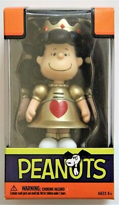 Forever Fun Peanuts Haloween Lucy Mini Figureine Queen of Hearts
