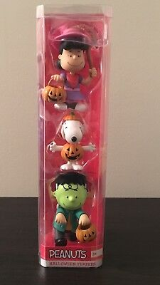 PEANUTS - Snoopy Charlie Brown & Lucy Halloween Figures Trick or Treat - NEW ***