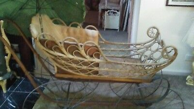 Antique. Indiana 1880's  Wicker Baby Stroller Buggy Carriage with Parasol