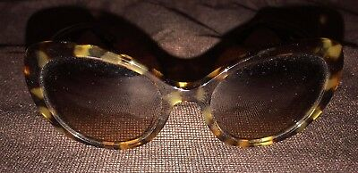 ee812b0eb2c1 Coach Sunglasses Color: Tortoise Shell frame, Medium Brown Lens