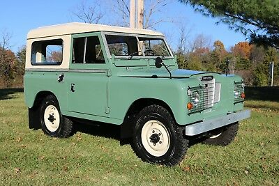 1977 Land Rover Defender  LAND ROVER SERIES III 88'' LEFT HAND DRIVE