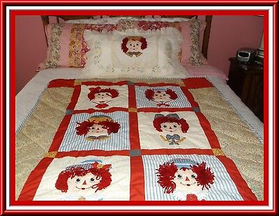Adorable Child's 3-D Quilt Raggedy Ann & Andy Appliqued & Embroidered Applause