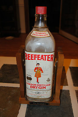 Beefeater London Dry Gin with wooden tilt swing stand Vintage bar find!