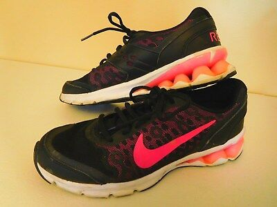 7604109eca4 WOMEN S NIKE REAX Black   Pink w  Animal Print Running Shoes - Sz. 9 ...