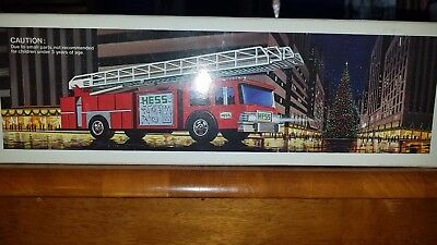 1986 Hess Truck Fire Truck Bank New In Box
