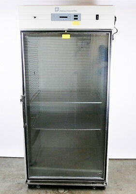 Thermo Forma Scientific 3950  Reach-In Co2 Incubator, 29 Cu Ft Capacity #39706