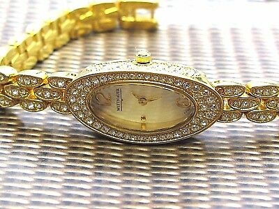 Wittnauer Longines Lady crystal Quartz Swiss watch mother of pearl dial