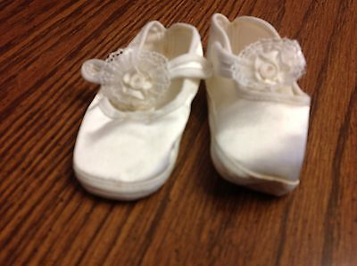 Vintage Baby Shoes Size 1  White Lace Satin Look W/ Original Box & Card