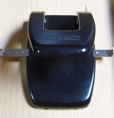 Punchodex P-200 By Rolodex 2 Hole Paper Punch Barely Used Excellent
