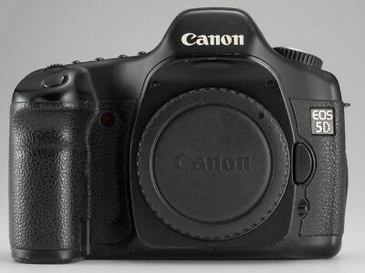 Canon Eos 5D Mark I 12.7Mp Camera Body 3 Batteries Charger Original Packaging