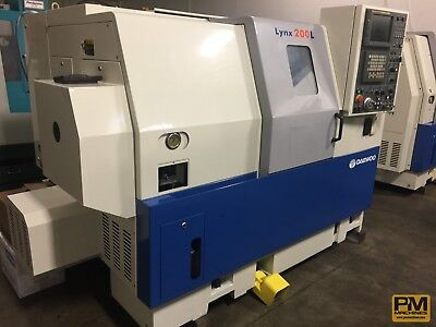 "Daewoo Lynx 200 LC, 8"" chuck, Tail Stock, Tool holders, Barfeed Interface, Fanuc"