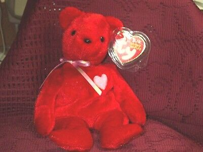 TY Beanie Baby babies bear Kiss-e Valentines Day 2-14-2002 retired mint tags