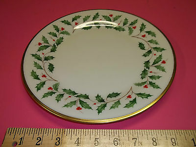 Lenox Holiday Holly Berry Bone China (Dimension) Dinner Plate with Gold Trim