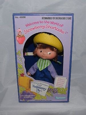 1980 Strawberry Shortcake Friend Huckleberry Pie Doll SEALED in Box Kenner
