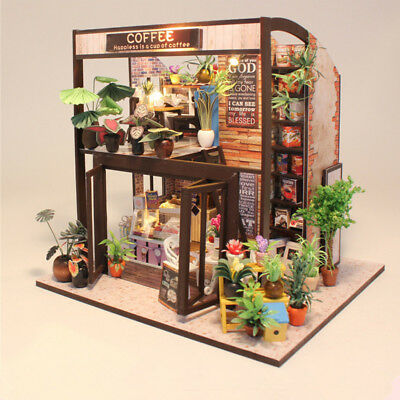 Hoomeda M027 Coffee House DIY Dollhouse With Music Motor Cover Light Miniature M