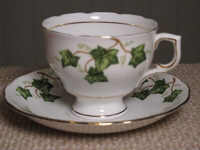 Colclough Bone China Tea Cup and Saucer Green Ivy Leaves Vintage #6873
