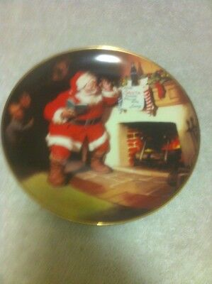 Coca Cola Collector Plate-Christmas-1993-The Pause That Refreshes-Free Ship--Vgc