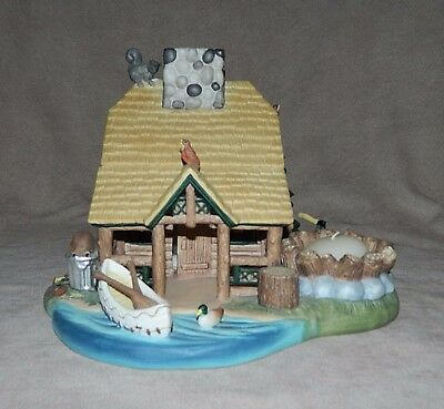 Partylite Gone Fishin Cabin Tealight Candle Holder-Beautiful Detail-Wild Animals
