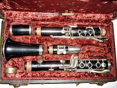 Nice Console Bb wooden clarinet with recent repadding