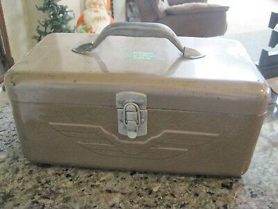 Vintage JC Higgins Tackle Box Sears,Roebuck & Company   JCH-1