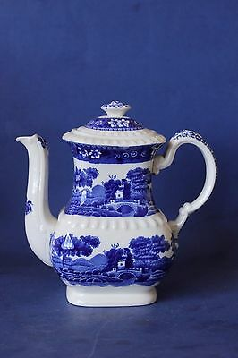 Copeland Spode's Tower, Blue & white teapot.