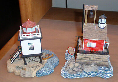 2 Harbour Lights Society Exclusive Lighthouses #537 Hatteras Beacon, #555 Mussel